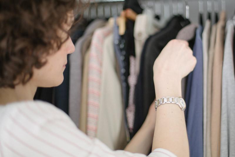 Organisation armoire vêtements